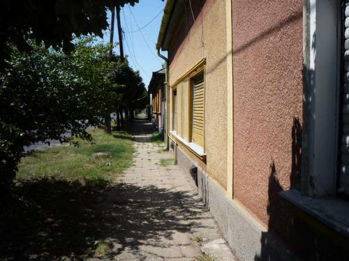 Leginkább a családommal szoktam találkozni Debrecenben. Szüleimmel, öcsém családjával. Két iskolai