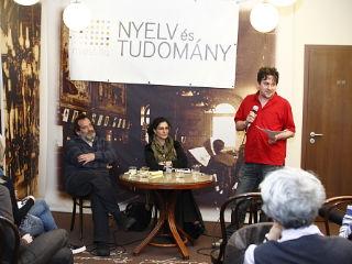 Le az iskolai nyelvoktatással! címmel rendeztek beszélgetést hétfőn az Írók Boltjában a Nyelv és Tudo