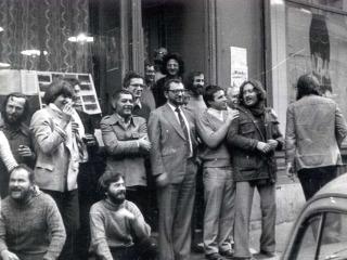 A képen a régi Mozgó Világ szerkesztői és szerzői láthatóak.