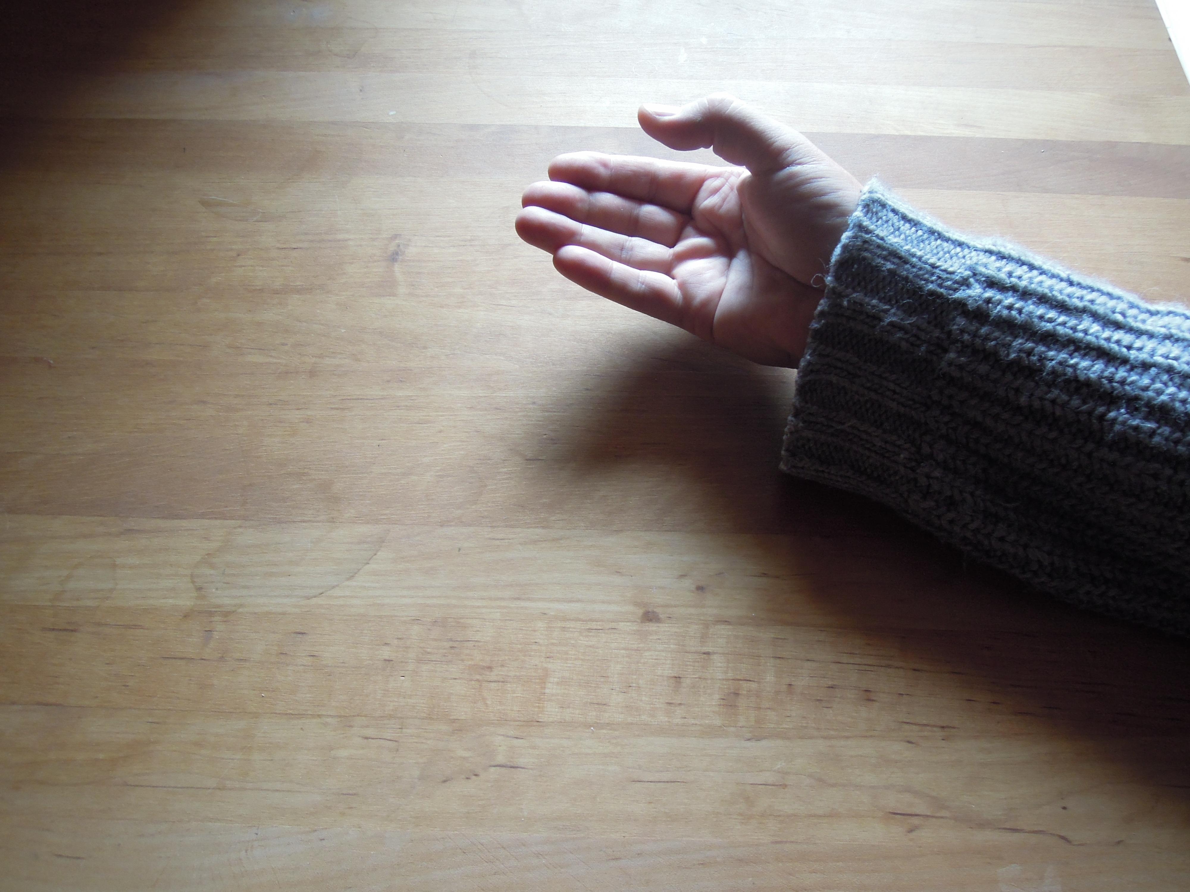 Krasznahorkai László keze