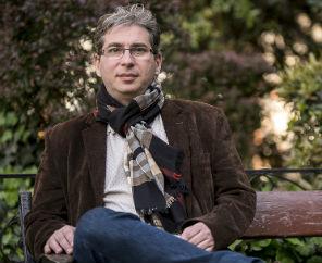 Schein Gábor: A játszmából nincs kiszállás