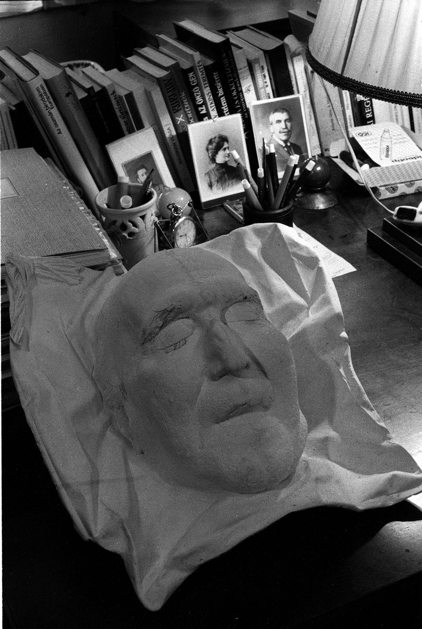 Az író halotti maszkja