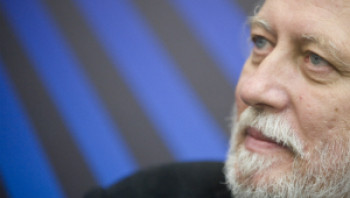 Krasznahorkai, Vargas Llosa és a holt költők hagyatéka
