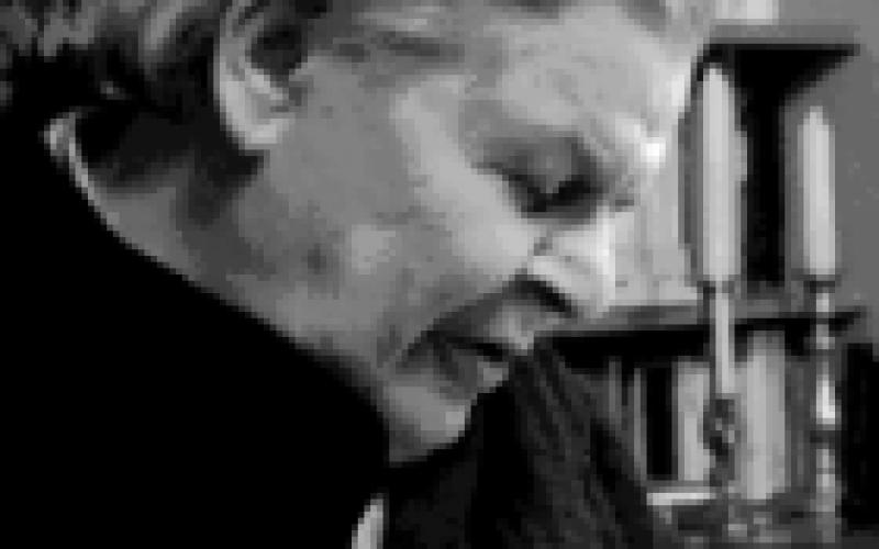 Elhunyt Stoll Béla irodalomtörténész