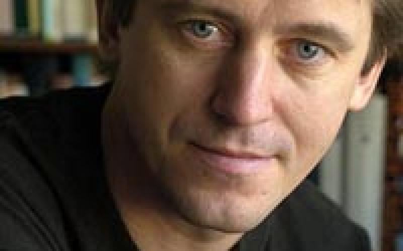 Háy János: Minden író a sebeiből dolgozik