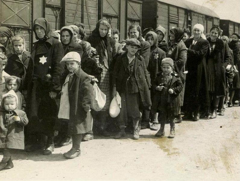 Megérkezés Auschwitz-Birkenauba